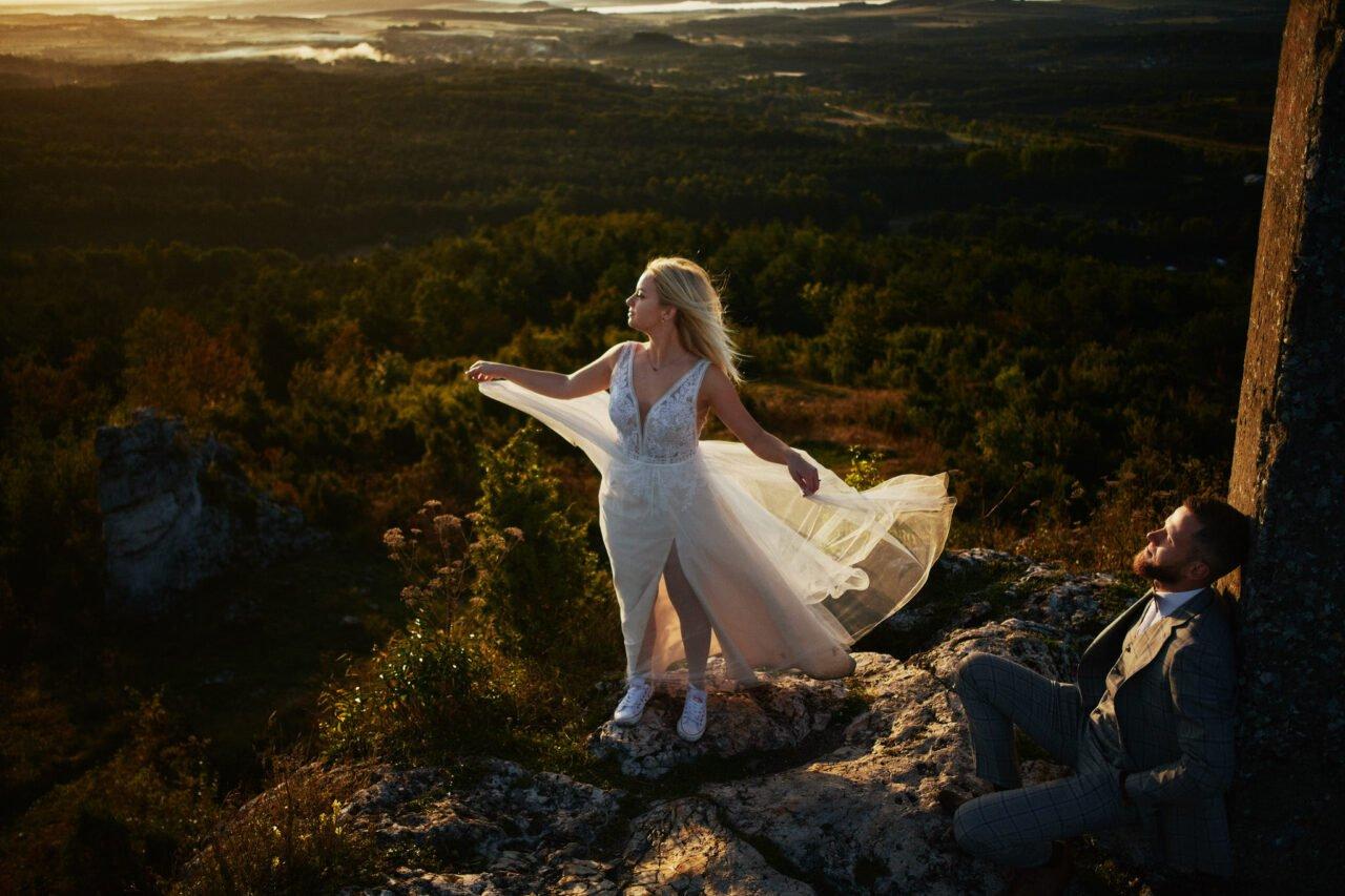 Sesja ślubna na Górze Zborów o wschodzie słońca
