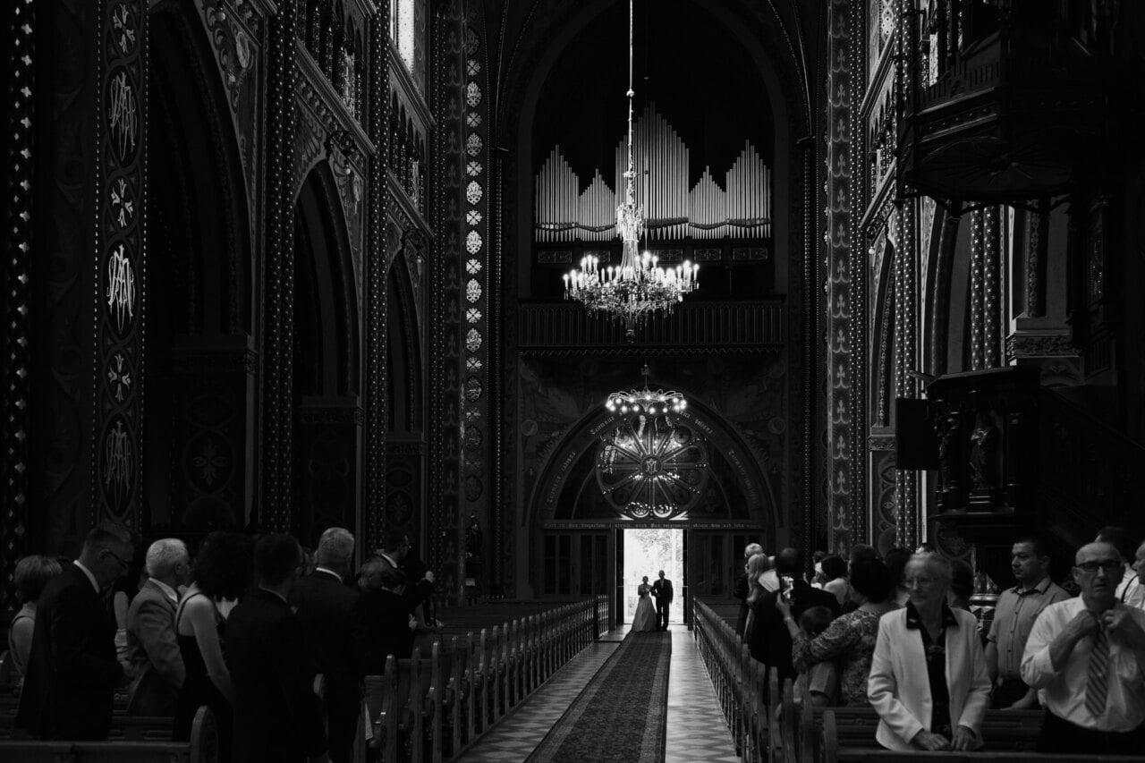 Zdjęcie kościoła w wykonaniu fotografa ślubnego z Mysłowic